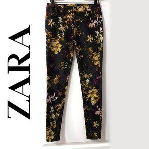 Zara Black Floral Skinny Jeans Size 4 EUC boho